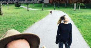 Miley Cyrus & Liam Hemsworth (liamhemsworth/Instagram)