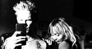 Miley Cyrus ist stolz auf Cody Simpson (mileycyrus/Instagram)