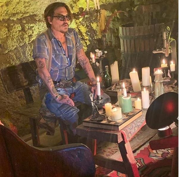 Johnny Depp auf Instagram! (johnnydepp/Instagram)